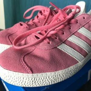Gazelle J Adidas Sneakers